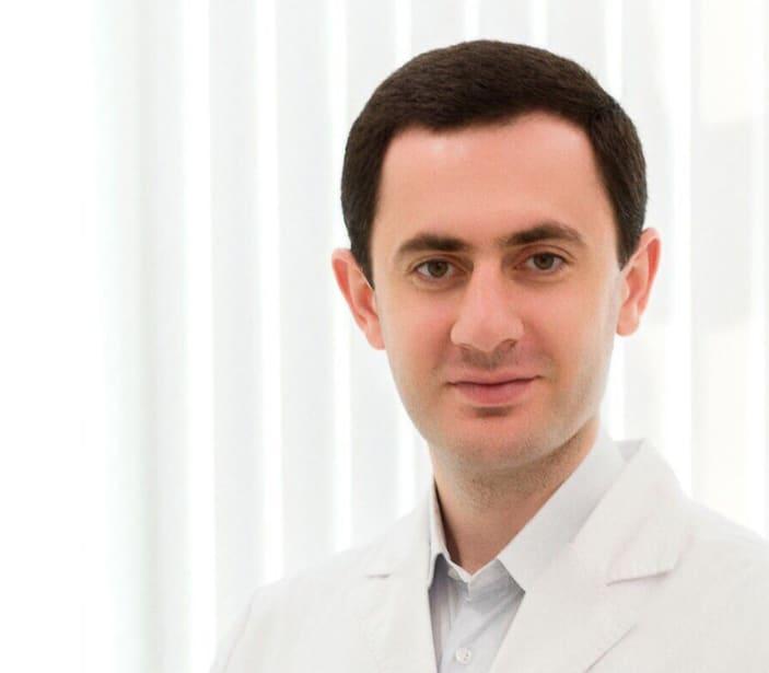 Восстановление толщины и ширины кератинизированной десны в области дентального имплантата